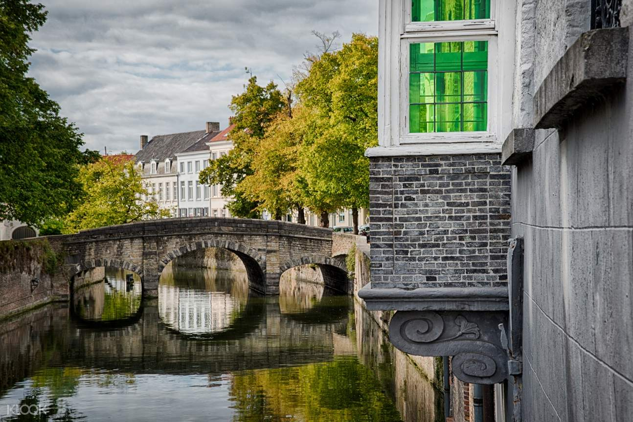 photo walk experience in bruges