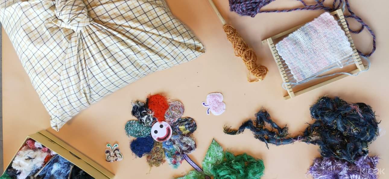 參加編織體驗,一針一線織出可愛的花樣