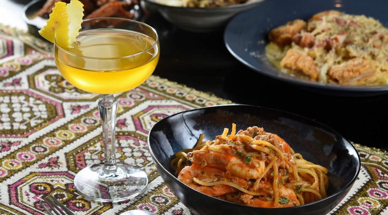 選擇Klook客路提供的獨家優惠,享受美酒搭配義大利麵或下酒菜的折扣優惠