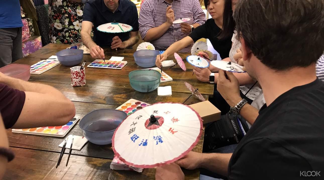 參加DIY手作教室,學習製作特色藝品,將美好回憶帶回家