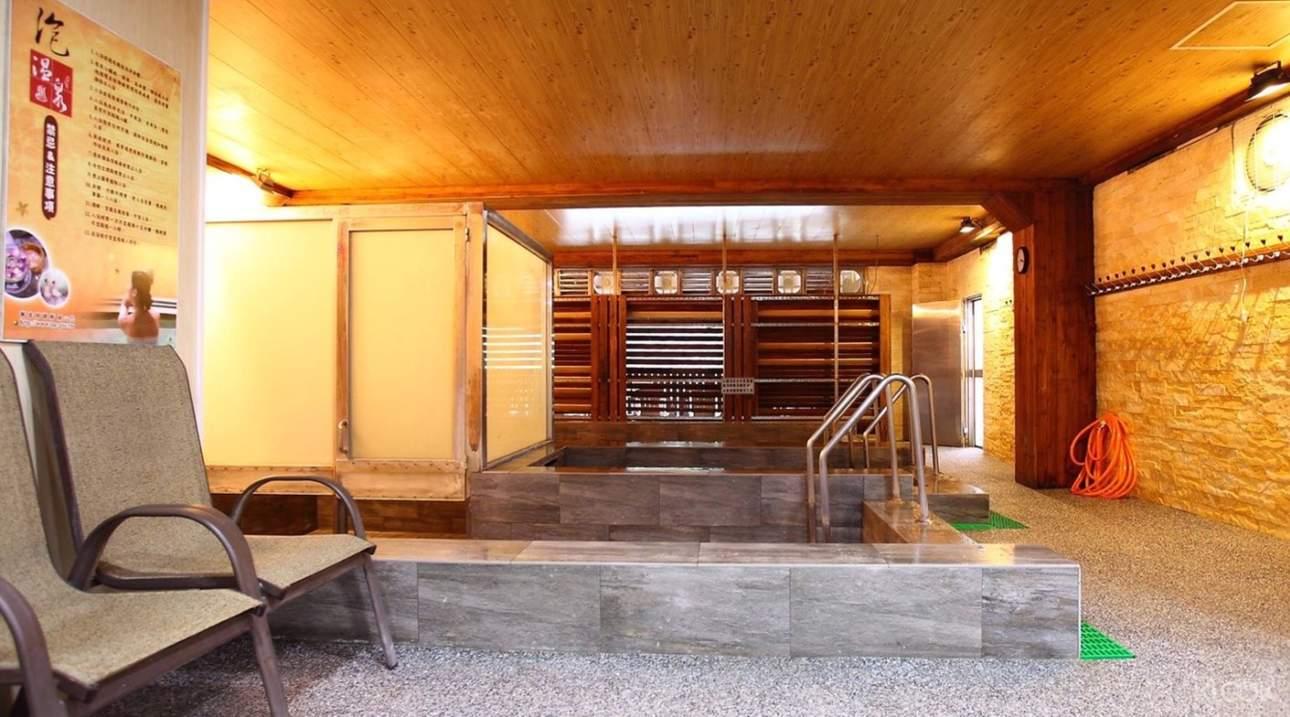 大眾風呂:在東風溫泉會館享受優質舒適的泡湯體驗,大眾風呂助你安全地舒展身心