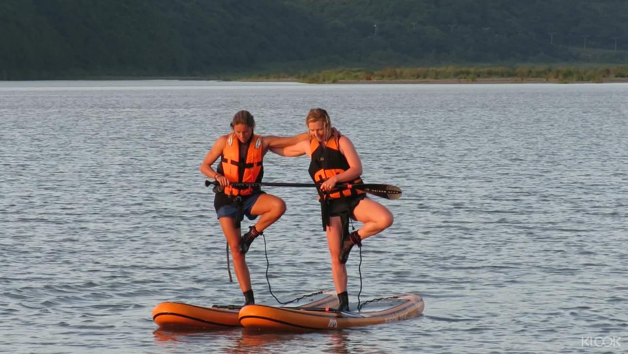 平靜的溪口水域,可以放鬆的體驗SUP,也不用怕會暈船