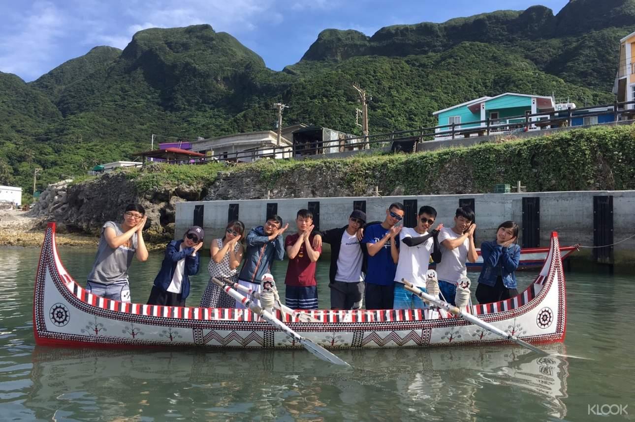 乘坐拼板舟於海上航行,與親友一同留下最深刻難忘的回憶