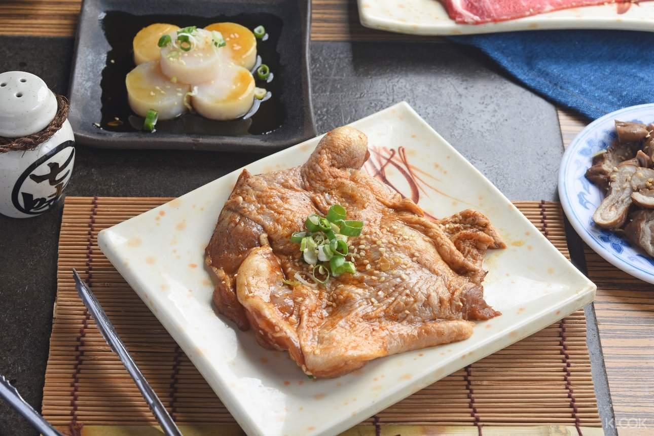 胖肚肚燒肉吃到飽 - 雞腿排