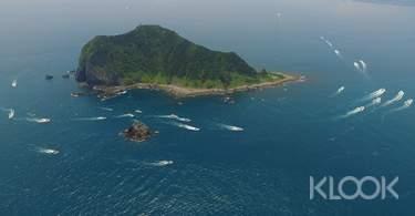 基隆|基隆嶼登島・繞島・上燈塔・繞巡象鼻岩體驗