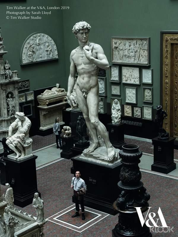 博物館的眾多收藏蘊含豐富的學術研究資源,包含雕塑、陶瓷、繪畫、時尚、亞洲藝術及設計、玻璃工藝、織品、珠寶、家俱、書本藝術、攝影作品、劇場及表演藝術。對蒂姆‧沃克這樣的藝術家來說,這裡是靈感的寶庫。
