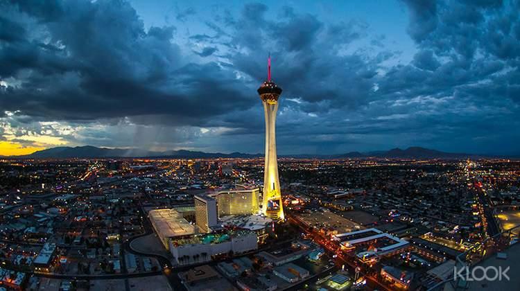 스트라토스피어 타워 전망대 티켓 + VIP 입장