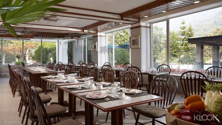 在船歌餐廳享用歌船午間義式套餐