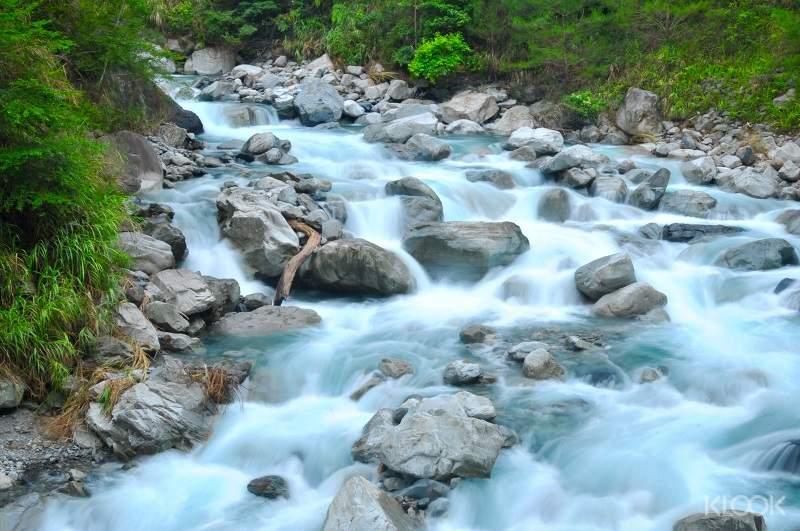 美麗的十文溪,溪水清澈潺流